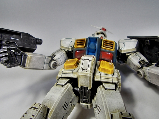 http://matever.com/archives/photo/2013/07/rx78_2gundoyw3_38-thumb.JPG